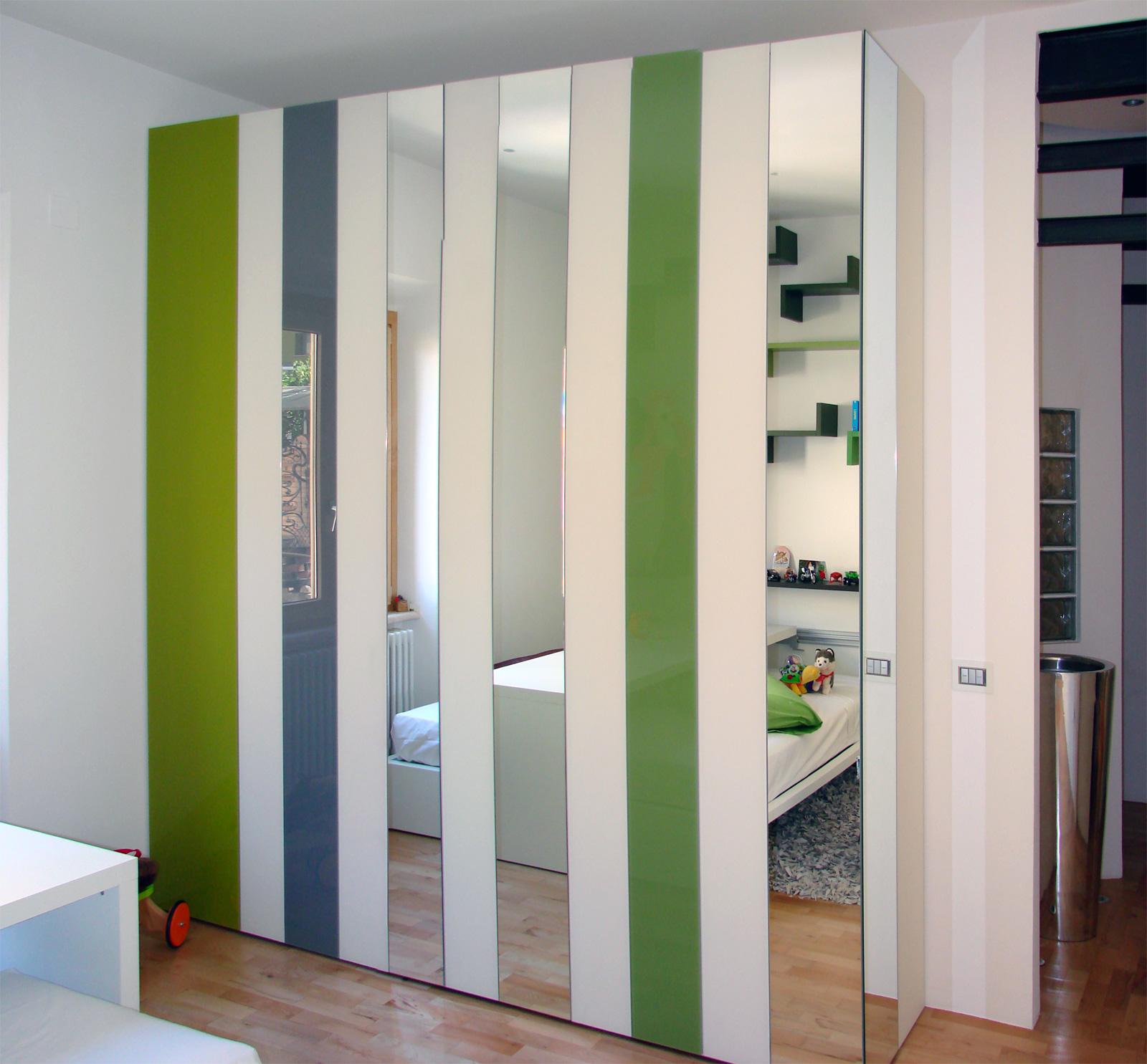Mobili di design a casa di raffaele e benedetta una realizzazione di dimensione legno a - Case mobili di design ...