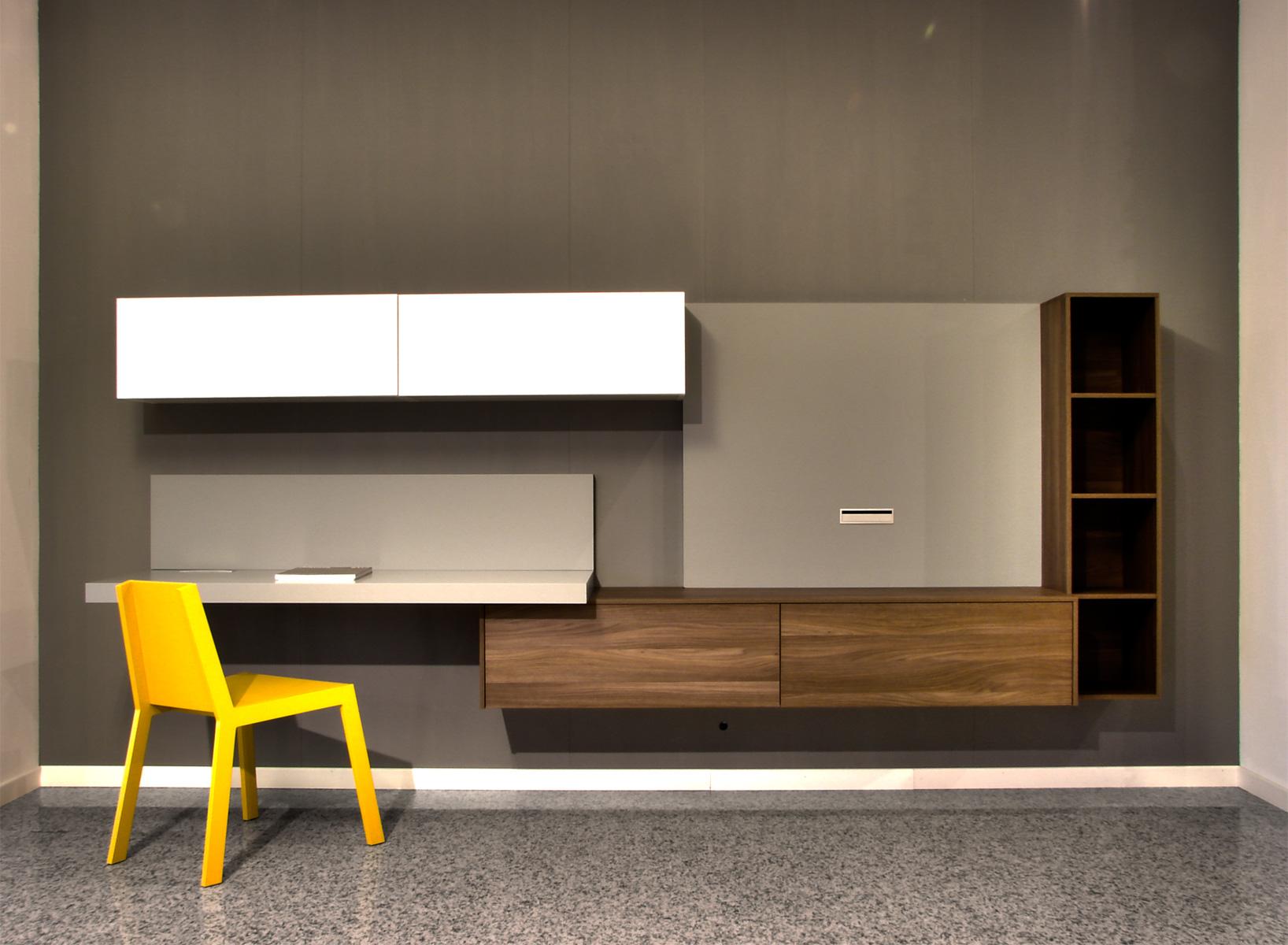 Cancelli di legno foto design casa creativa e mobili for Mobili lago